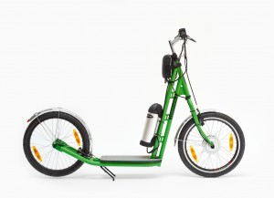 Green Züm electric hybrid kick scooter silent